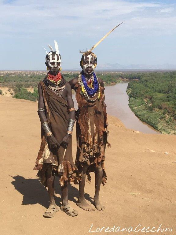 Il body painting della tribù Karo