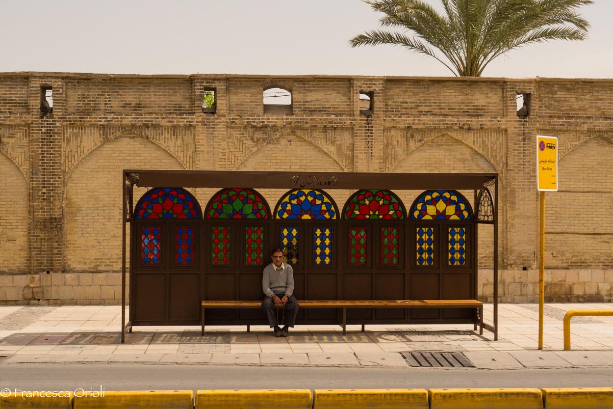 05 Shiraz fermata del bus