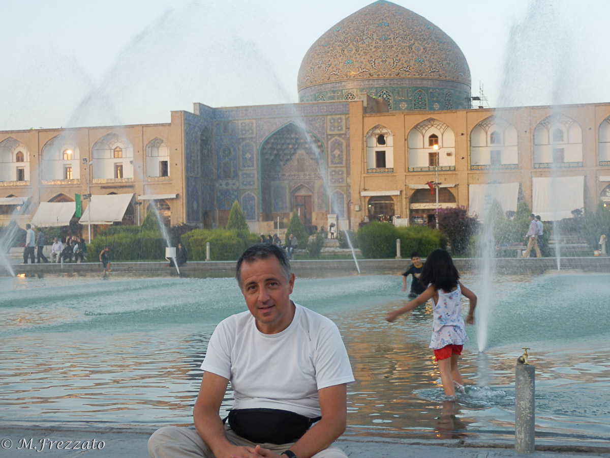 Isfahan-piazza-dell-imam2