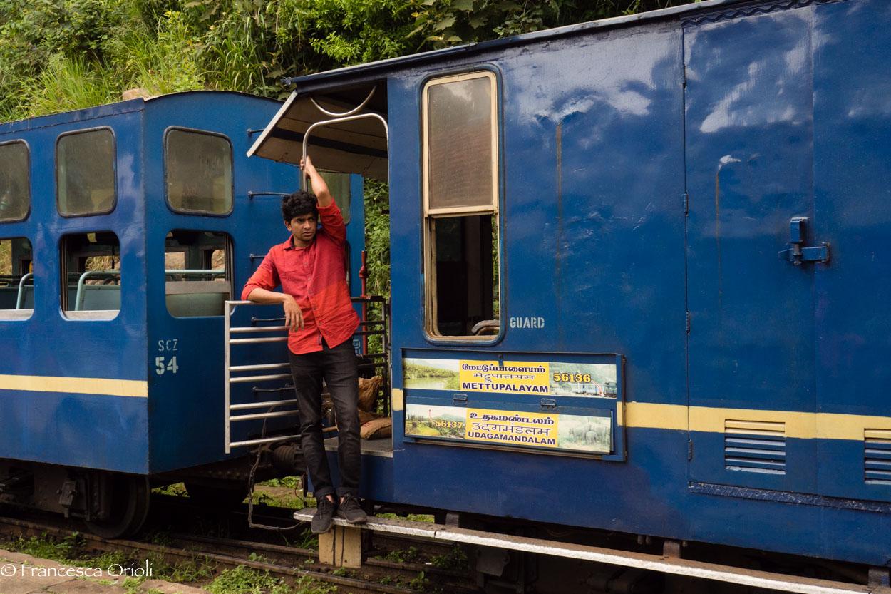 Trenino blu 13