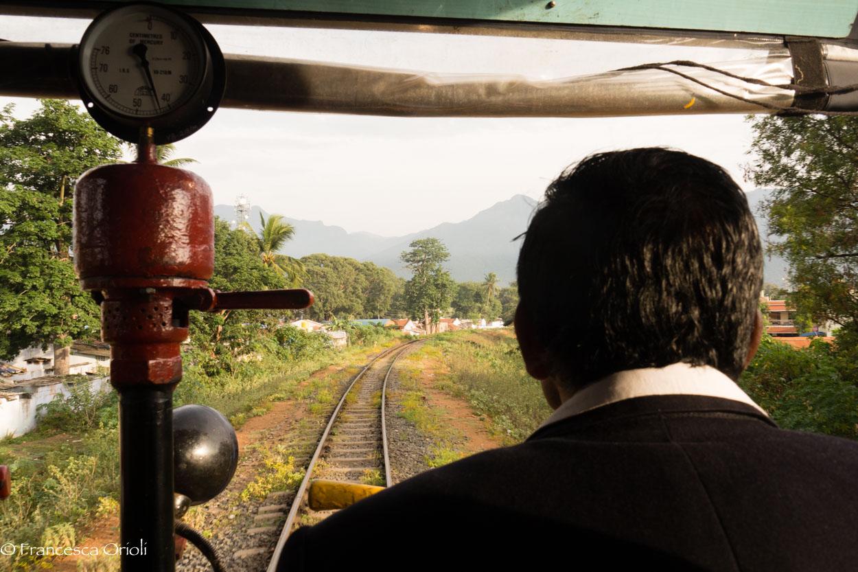 Trenino blu 03