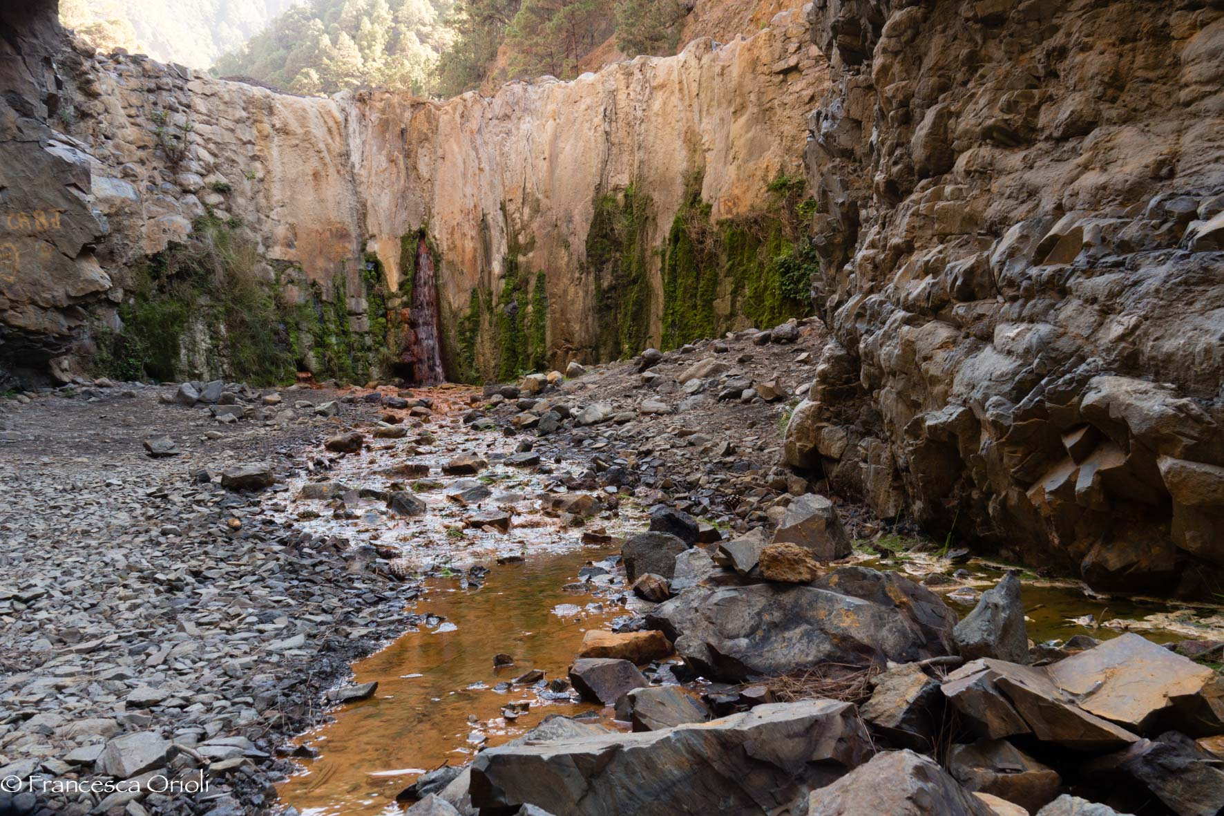Caldera de Taburiente - Cascada de Colores..in secca
