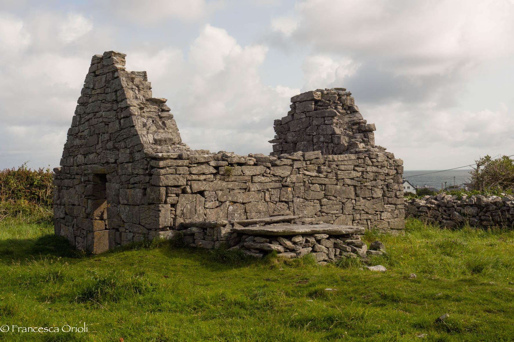 Le rovine di Cill Ghobnait