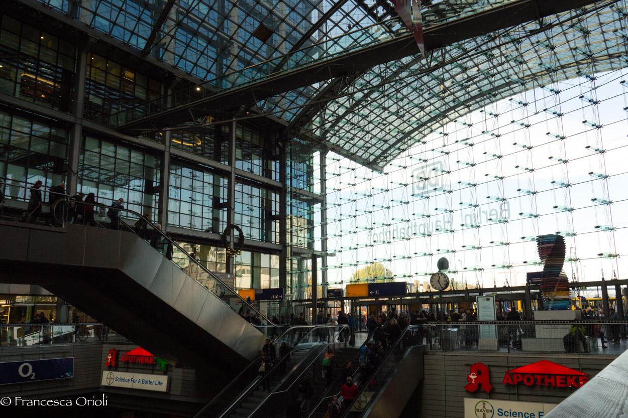 Hauptbahnhof-1