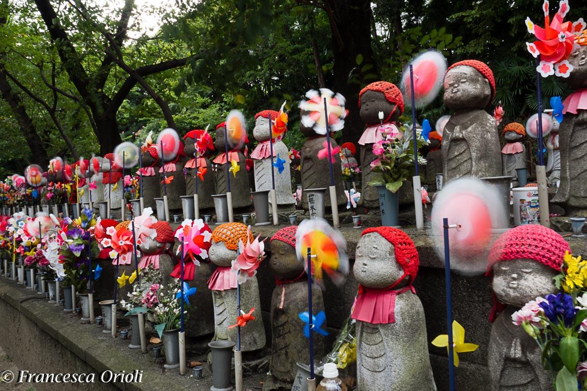 04-Tokyo-nei-pressi-del-tempio-Zojo