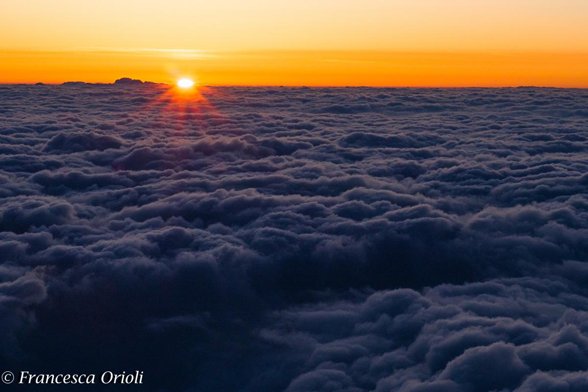 L'alba in cima al monte Fuji