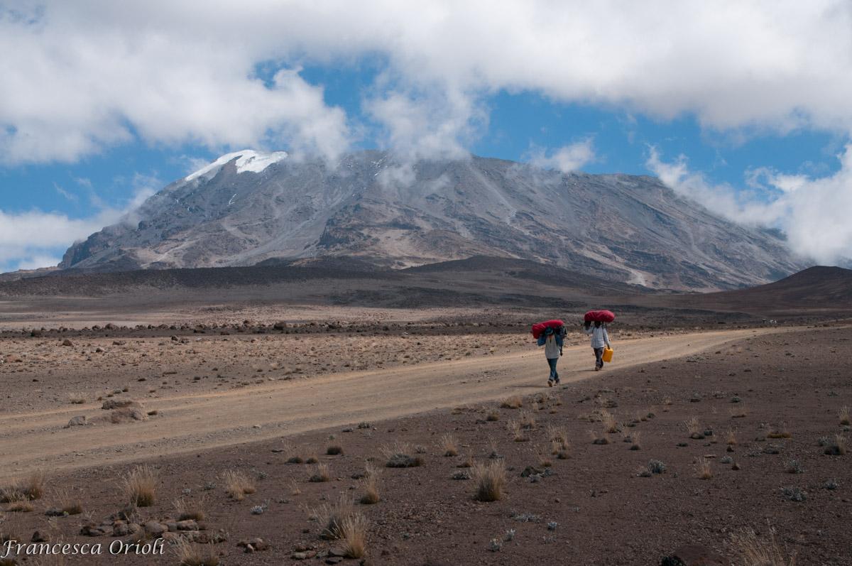 Il-kili-paesaggio-deserto-di-alta-quota