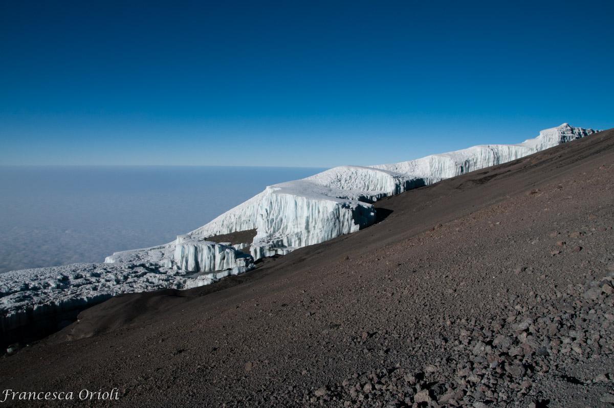 il-ghiacciaio-in-cima-al-kibo
