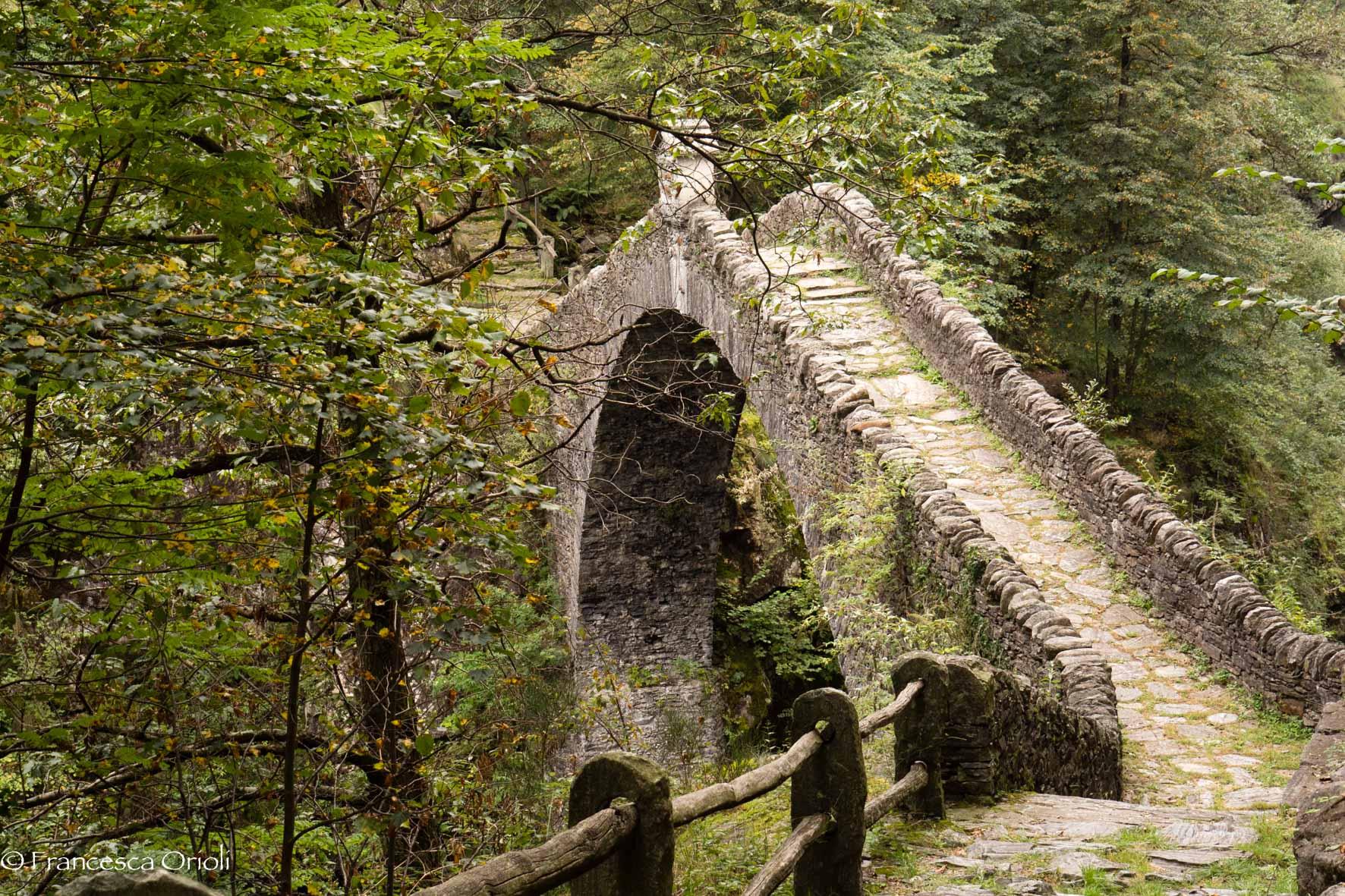 Intragna Ponte Romano