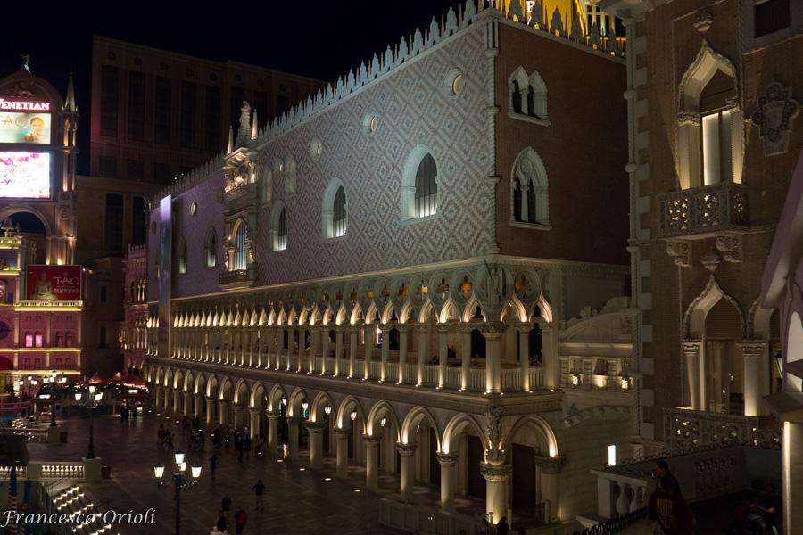 Las vegas una notte al venetian un mondo intorno for Interno 7 cassino
